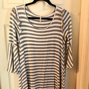Striped woman's tunic